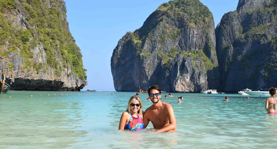 phi phi islands budget tour from ao nang